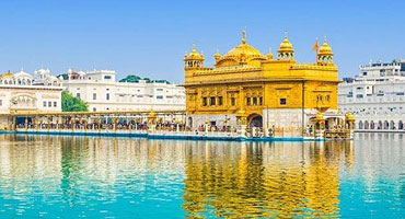Golden Temple, Amritsar – Blend of Serenity and Spirituality