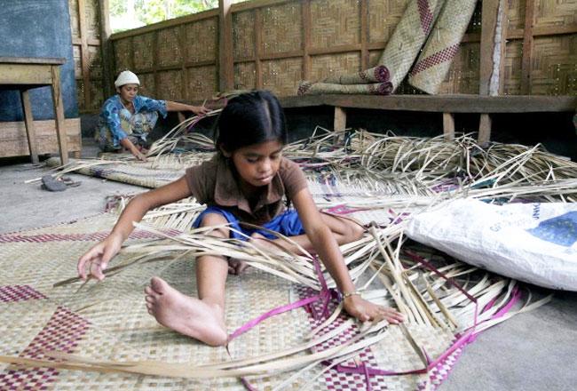 Mat weaving craft