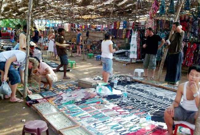 Anjuna market goa