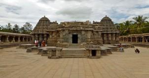 Somnathpur keshva temple