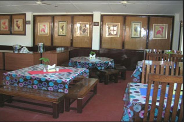 Dining in Corbett Treff Hotel