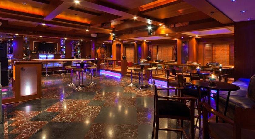 bar-Accord-Metropolitan-Hotel