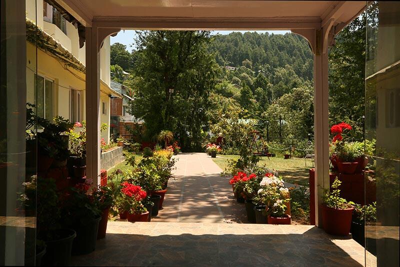 hotel-exterior2