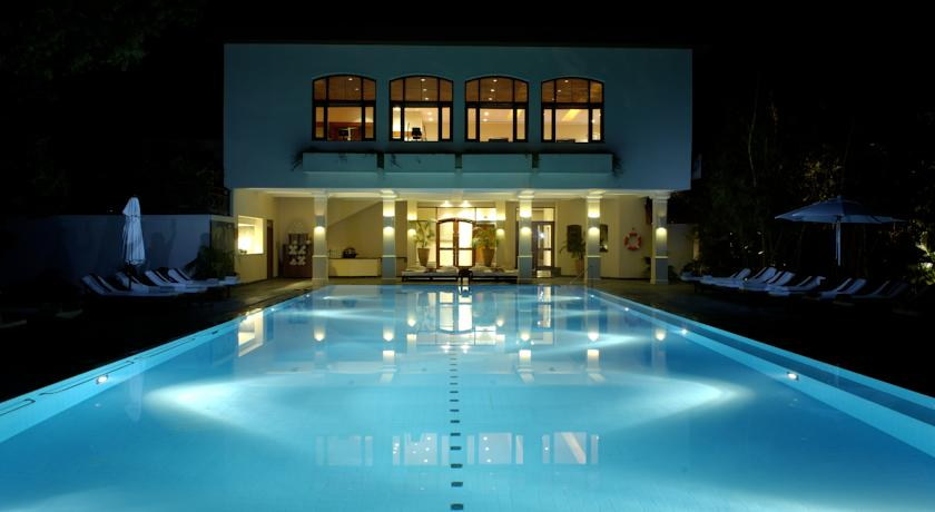 Swimming Pool in Ananda