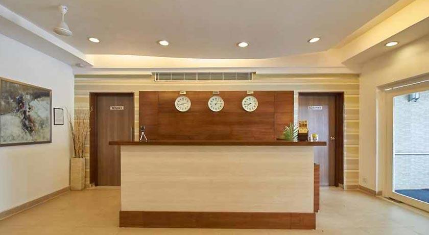 hotel-reception2