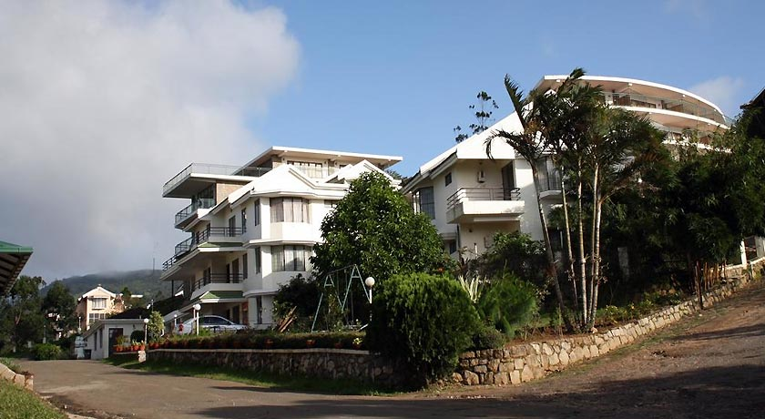 Ayur-County-Chancellor-Resort