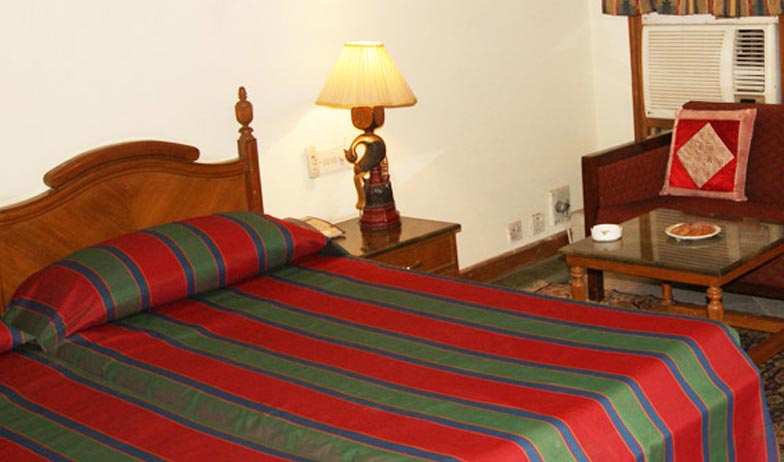 Bedroom in Hotel Bharatpur Ashok