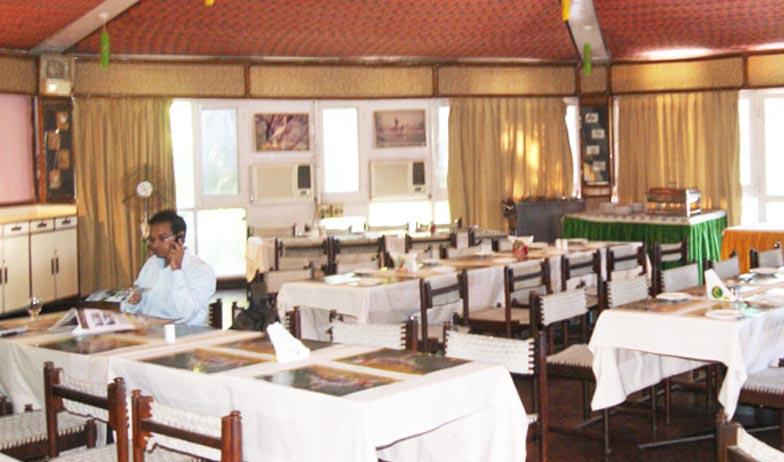 Dining2 in Hotel Bharatpur Ashok