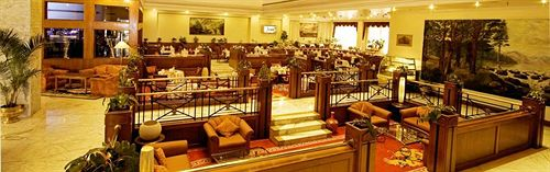 Dining in Capitol Hotel2