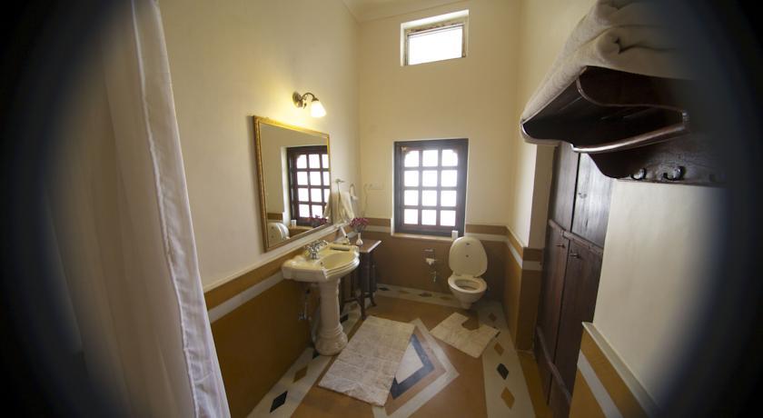 Bathroom2 in Castle Bijaipur