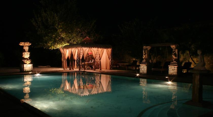 Swimming Pool2 in Castle Bijaipur