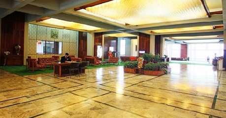 Hotel Reception in Centaur Lake View Hotel In Srinagar2