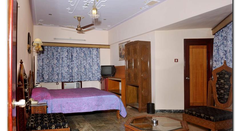 Bedroom2 in Chandra Inn