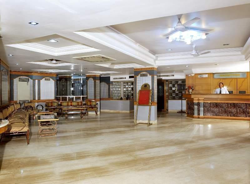 Hotel Reception in Chandra Inn