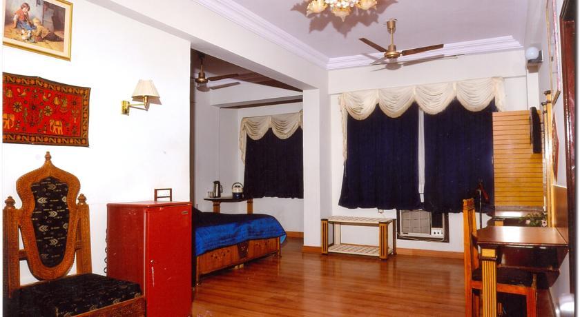 Bedroom in Chandra Inn