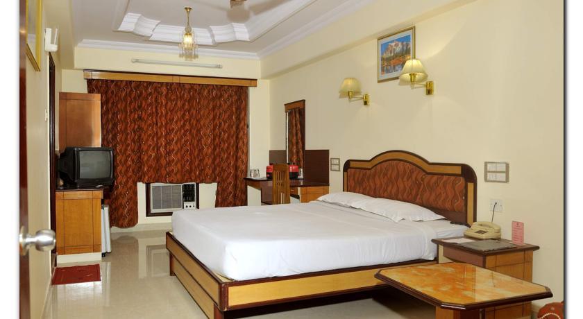 Suites Room in Chandra Inn