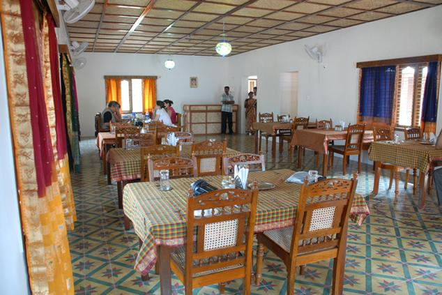 Dining in Hotel Chettinadu Court