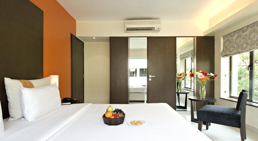 Deluxe Rooms2 in Citrus Hotel