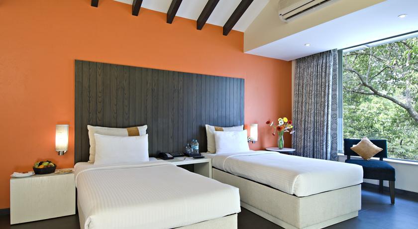 Super Deluxe Rooms in Citrus Hotel