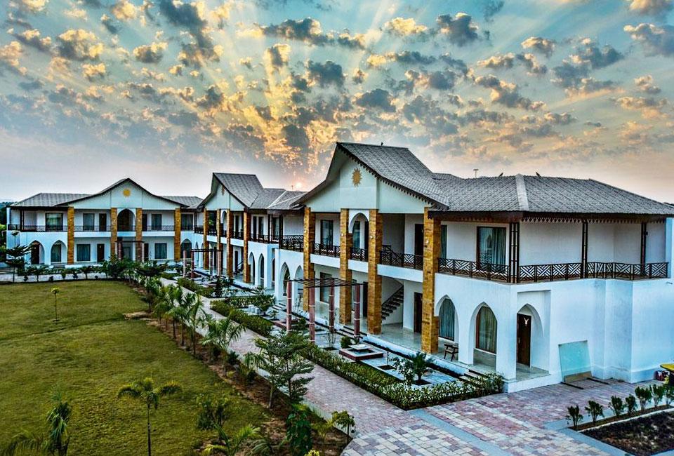 clarks-resort-abhyaran-ranthambore-front