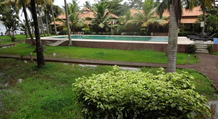 Garden in Hotel Cocobay Resort
