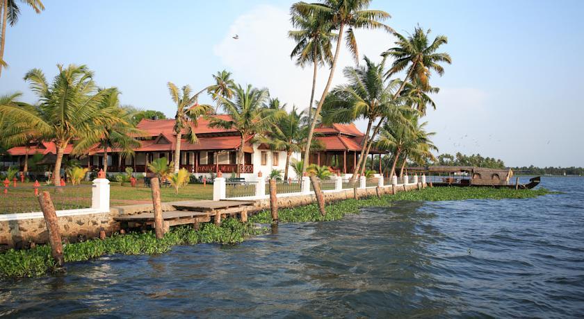 Hotel Cocobay Resort Lake