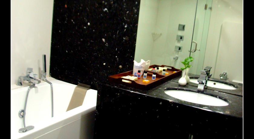 Bathroom in Hotel Comfort Inn