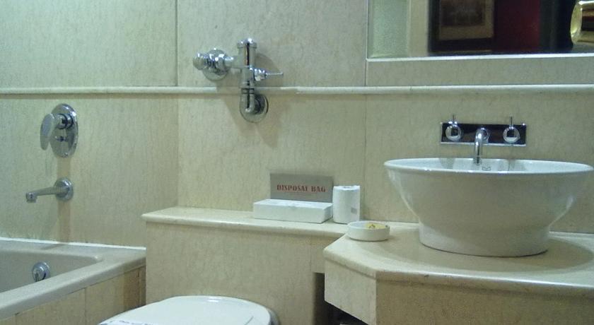 Bathroom2 in The Connaught Hotel New Delhi