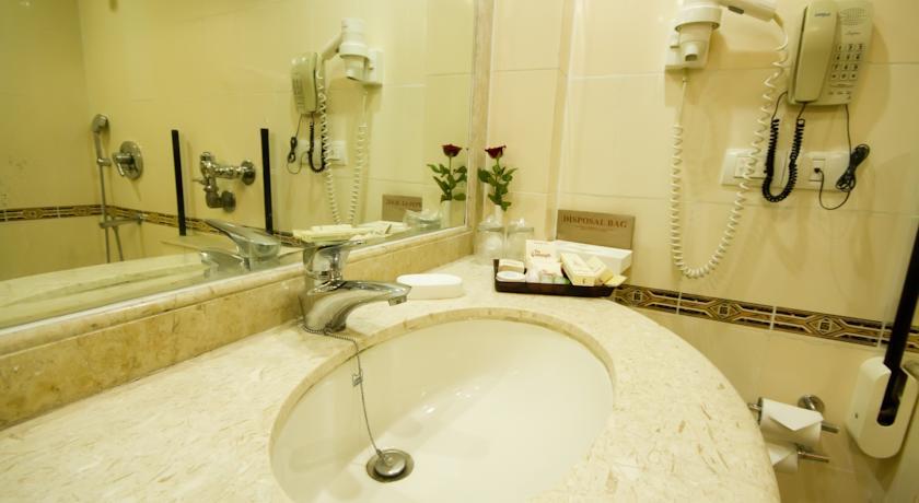 Bathroom in The Connaught Hotel New Delhi