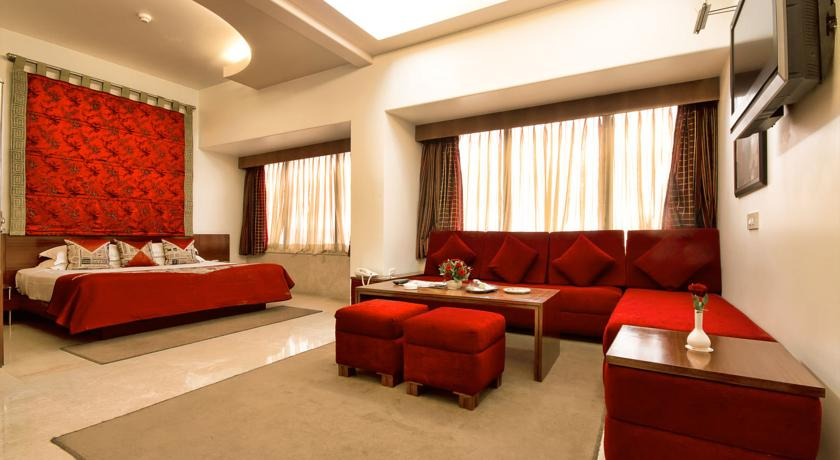 Deluxe Room in The Connaught Hotel New Delhi