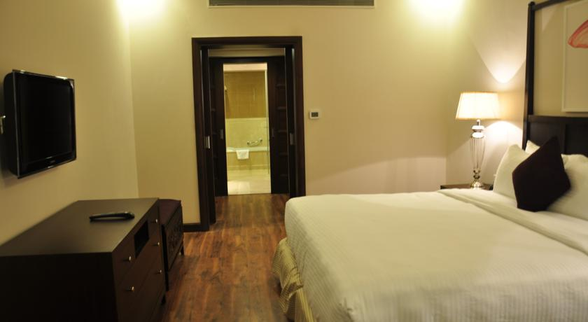 Suite Room in Country Inn & Suites By Carlson