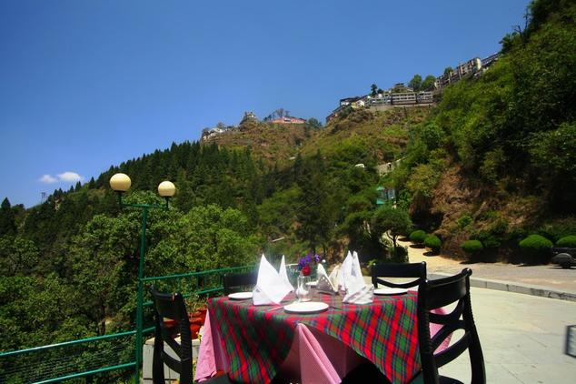 Dining2 in Country Inn Mussoorie