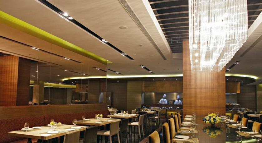 Dining2 in Country Inn & Suites By Carlson Udyog Vihar