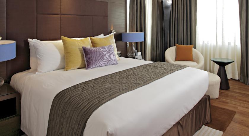 Deluxe Room in Country Inn & Suites By Carlson Udyog Vihar