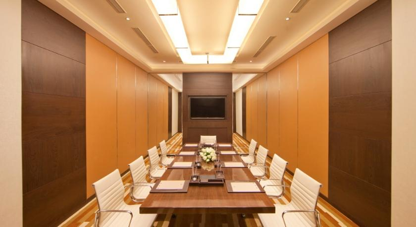 Meeting Room in Courtyard By Marriott, Bhopal