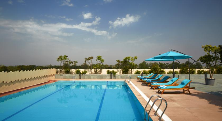 Swimming Pool in Courtyard By Marriott Bilaspur