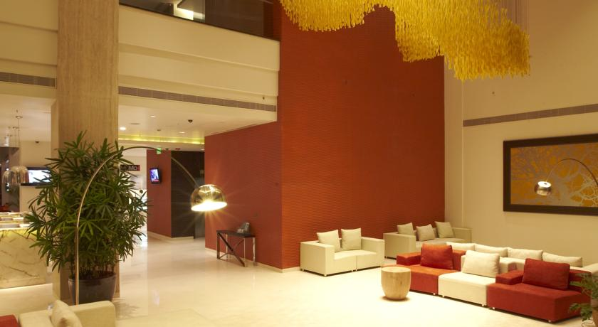 guest house in Courtyard By Marriott Pune City Center