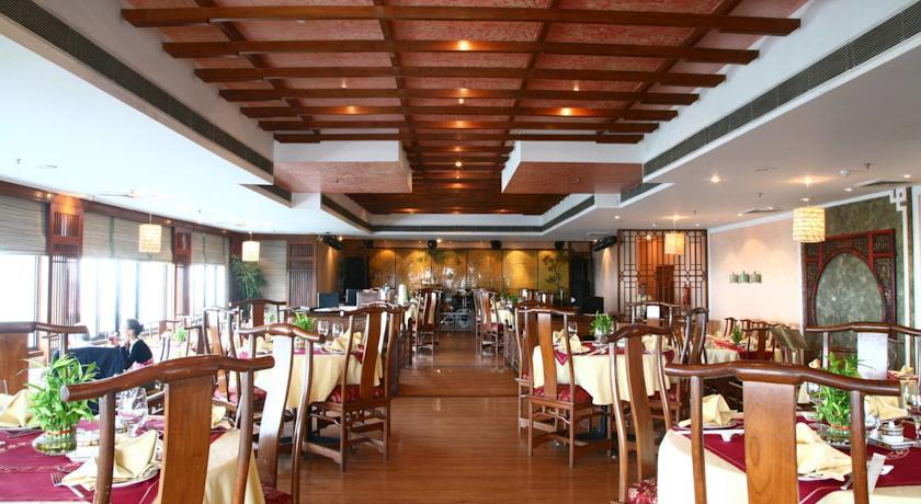 Dining in The Suryaa, New Delhi