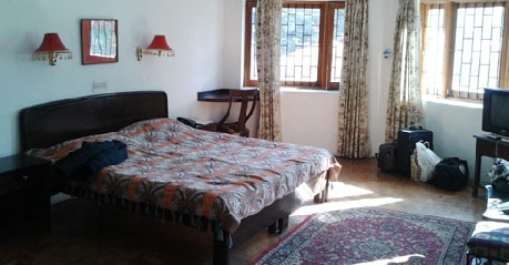 Deluxe Rooms in Hotel Dev Cottages