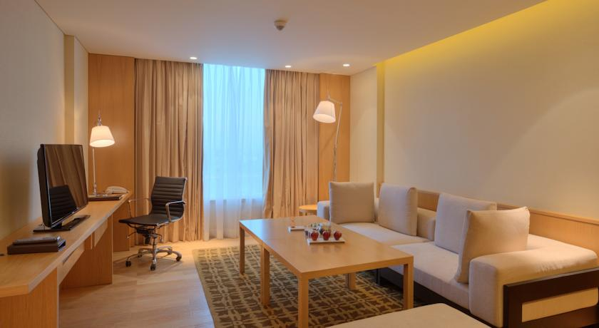 guest room in Hotel Double Tree By Hilton, Pune