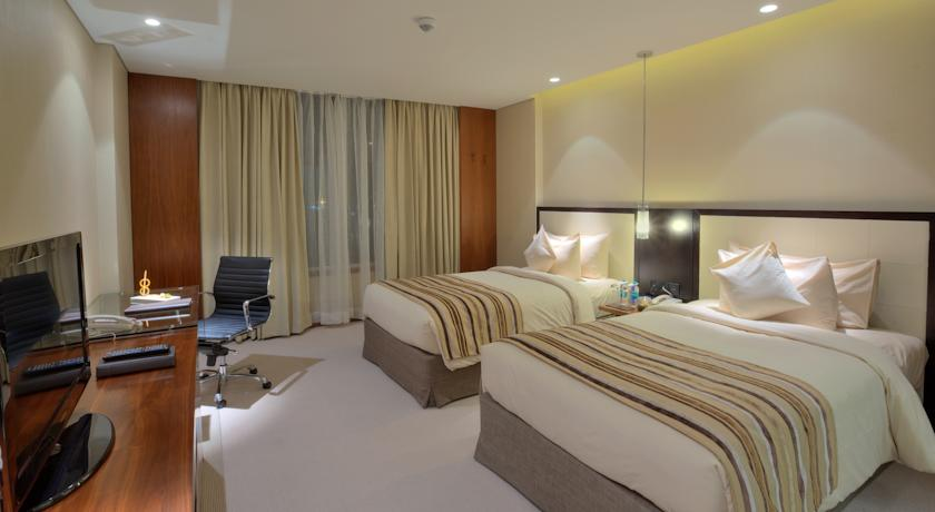 King Presidential Suite in Hotel Double Tree By Hilton, Pune