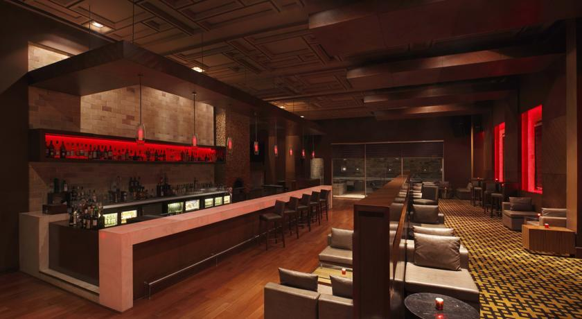 Bar in Double Tree By Hilton Hotel Gurgaon