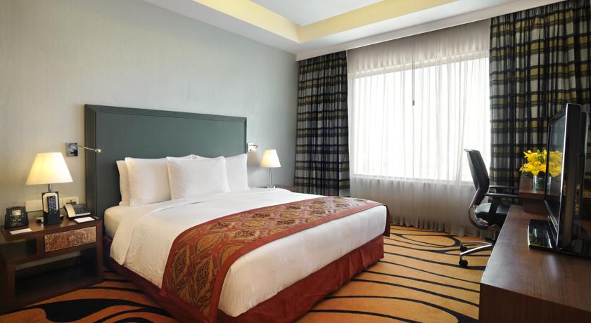 King Bed Executive Floor Lounge Access in Double Tree By Hilton Hotel Gurgaon
