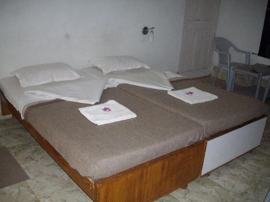 bedroom-in-Dyna-Resort