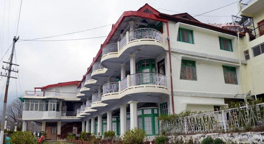 Resorts-Elphinstone-Hotel-Nainital2