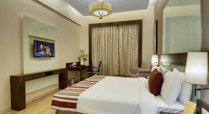 Serviced Apartments in Hotel Express Inn