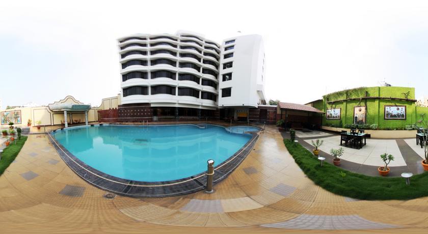 Femina Hotel In Trichy