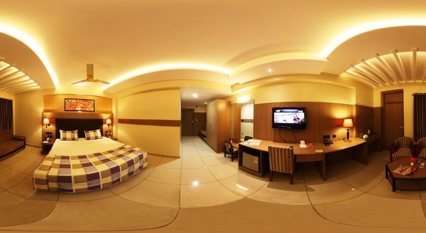 Standard AC Rooms in Femina Hotel In Trichy