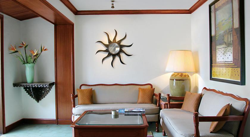Suite in Hotel Vivanta By Taj-Fort Aguada