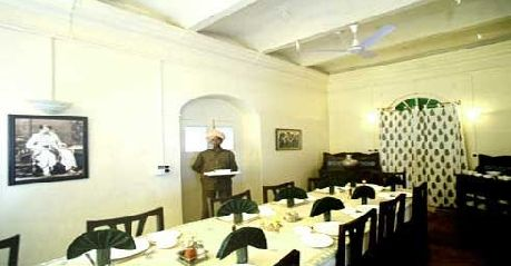 Dining in Fort Amla